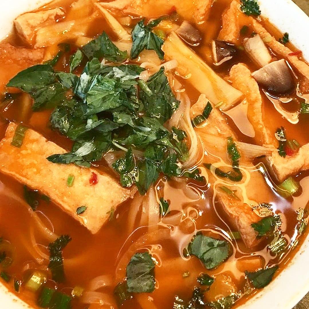 #ladiesnightout #birthdayparty #thaifoods #temperestaurants #scottsdalerestaurants #phoenixrestaurant #phoenixrestaurants #kalvinarailias #shabushabu #asiandrinks #asiandrink #asianrestaurant #cateringevent #tofu #drinkspecials #liquor