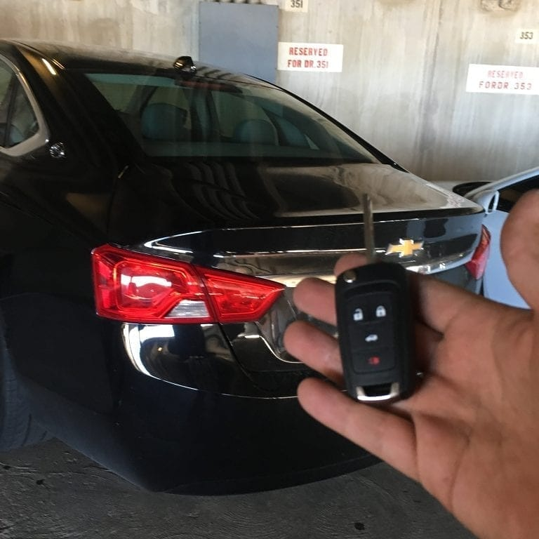 #arizona #mesaaz #phoenixaz #peoriaaz #mercedes #jaguar #mobilelocksmith #bmw #locksmithphoenixarizona #business #service #ignitionrepairaz #keyprogramming #remotecontrol #trucks #lockschangeaz  #keychains #cars #emergencylockout #locksmith #locksmithphoenixaz