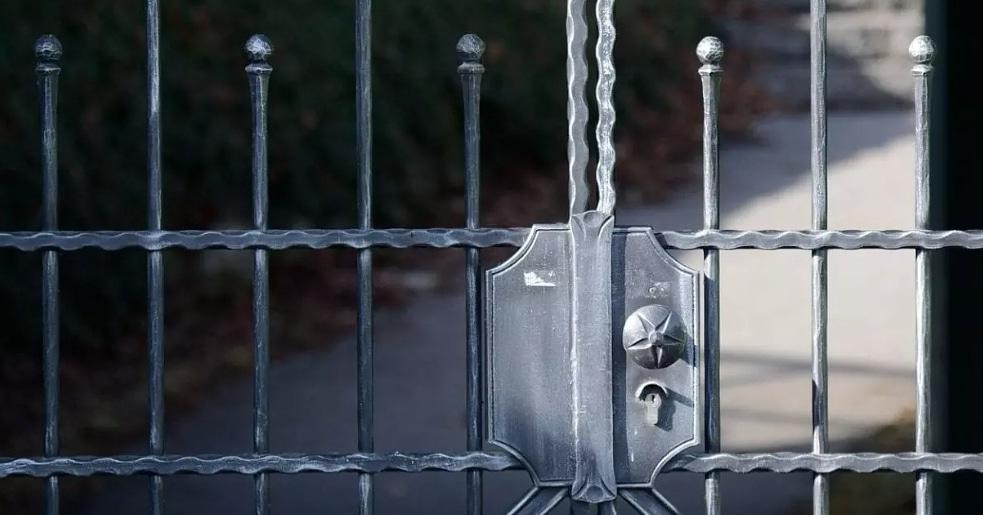 #arizona #tempearizona #phoenixarizona #scottsdalearizona #chandlerarizona #glendalearizona #mesaarizona #phoenixaz #arizonalocksmith #az #peoriaarizona #replacementkeys #gatecoderepair #keyprogrammers #locksmithservices #newlocks #keyreplacementservices #autolocksmithspecialist #lockspecialist #homelock #emergencylockouts #azlocksmith #locksmithphoenixarizona